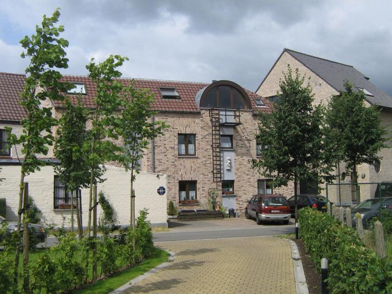 rugzijde hotel, parking